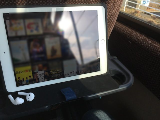 高速バスで動画